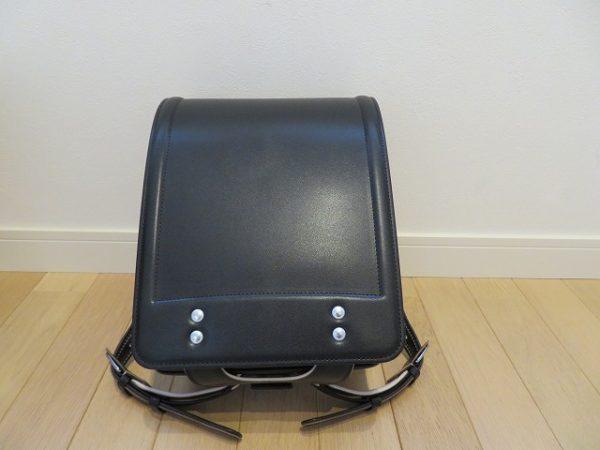 土屋鞄の牛革ベーシックカラー黒色のランドセル