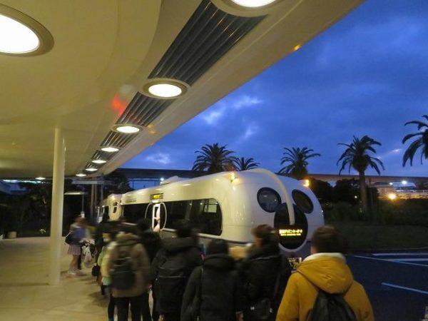 朝6時20分のリゾートクルーザーバス乗り場の様子