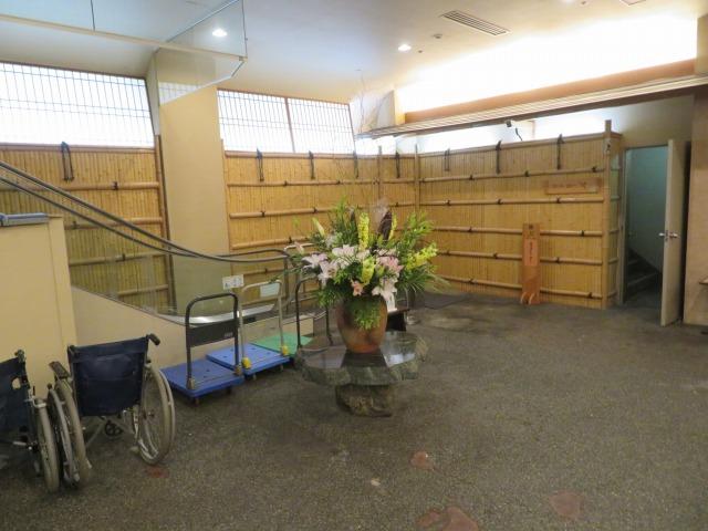 横谷温泉旅館の入り口